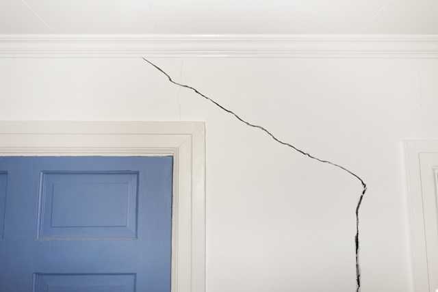 בדיקת רטיבות בקירות